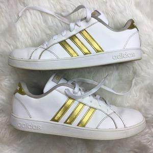 Adidas Gold Stripe Neo Size 6